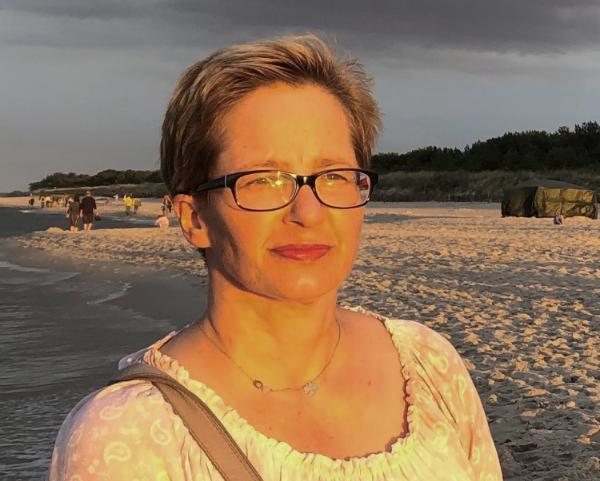 dr Anna Weiss